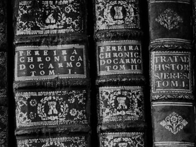 antique-books-on-a-library-shelf
